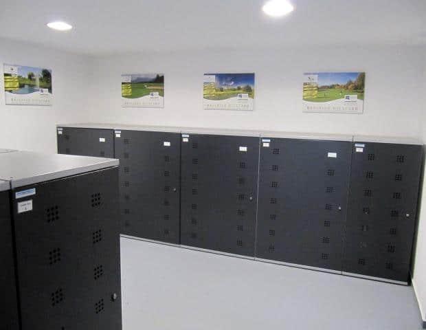 Aufbewahrungsboxen für die Golfausrüstung
