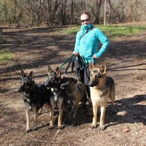 Cara, Tally, Maya, Gus, and Oso on the Gambusia Road Trip