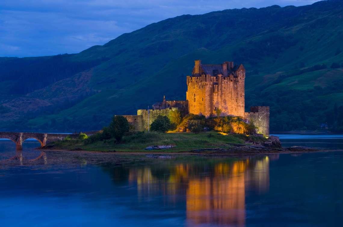 eilea-donan-castle-scotland