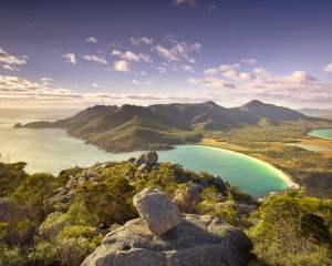wineglass-bay-tasmania-australia