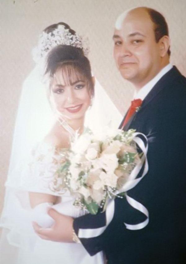 جولولي صورة نادرة من زفاف عمرو أديب ولميس الحديدي شاهد