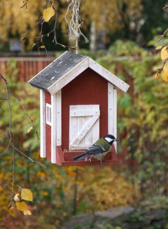 függő madáretető
