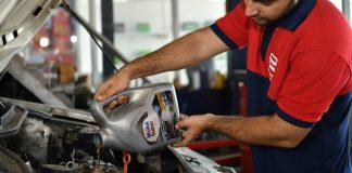 Know Your Engine Oils | Car Engine Oil Grades Explained