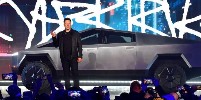 Tesla Cybertruck Receives 2 lakh Pre-Bookings. Whoa or Wow?