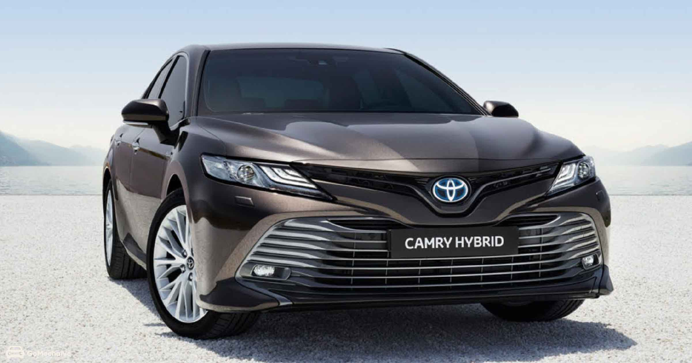 2020 Toyota Camry Hybrid is ₹93,000 Expensive than the BS4 Model