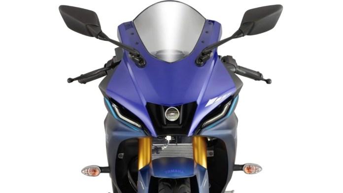 2021 Yamaha R15 V4 headlight