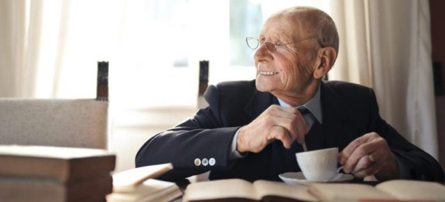How to help elderly people move from Pleasanton, CA.