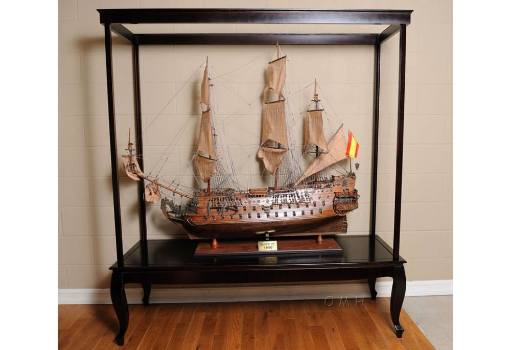 Display Case for XL ship model