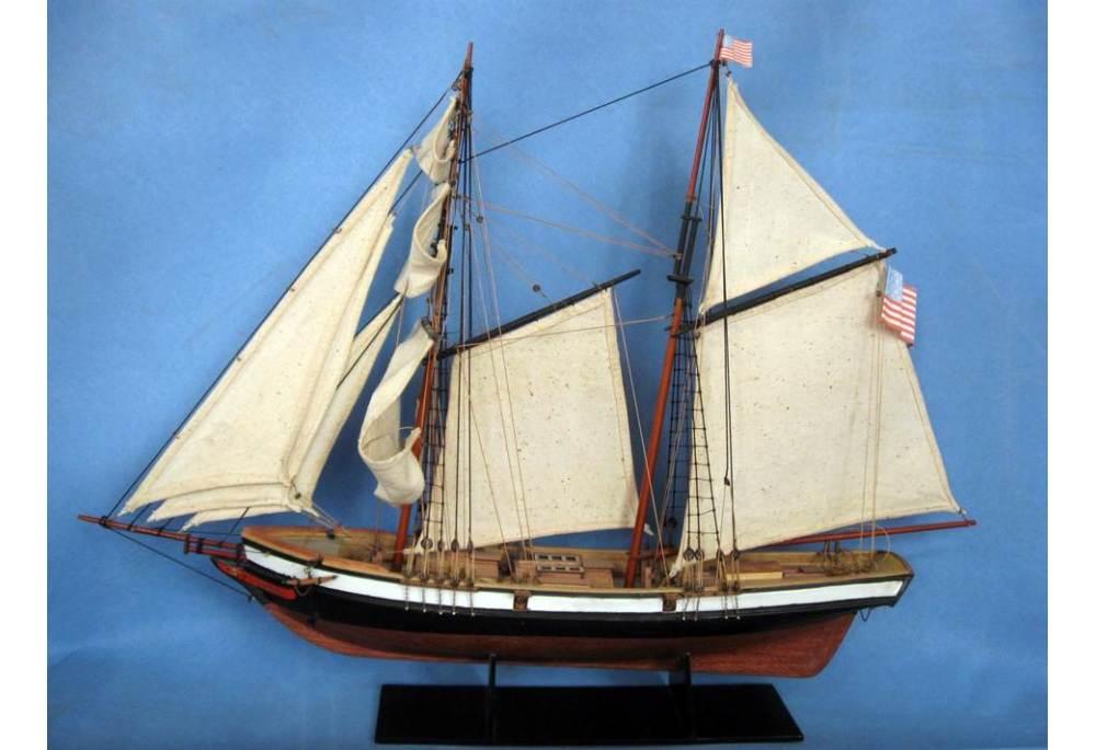 Square Topsail Schooner Lynx Wooden Model Ship