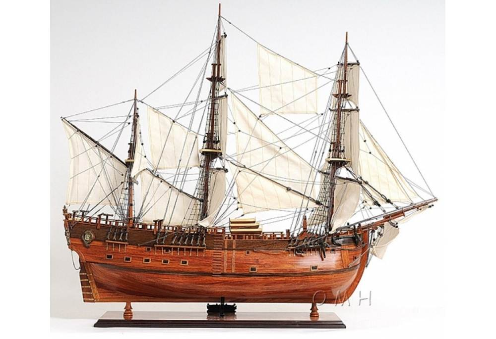 HMS Endeavour Hand Crafted Wooden Tall Ship Model 38
