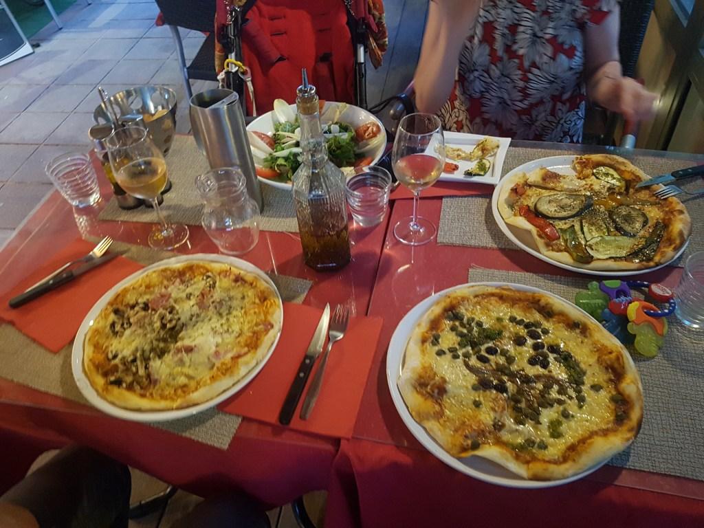 Genuine French pizza - nom nom