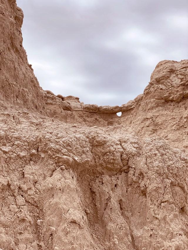 badlands south dakota rock formations
