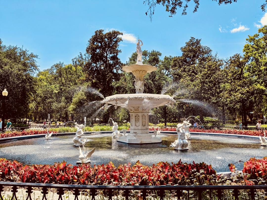 fountain spraying water in forsyth park in the savannah georgia historic district