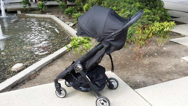 Baby Jogger City Tour Review - Light and Compact Stroller