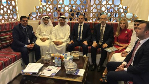 Ministrul Turismului, Bogdan Trif le-a promis posibililor parteneri din Dubai, infotrip-uri. FOTO Ministerul Turismului