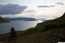 Síldarmannagötur, horft út Hvalfjörð