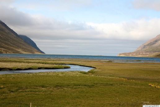 Héðinsfjarðarvatn, horft til norðurs yfir vatnið