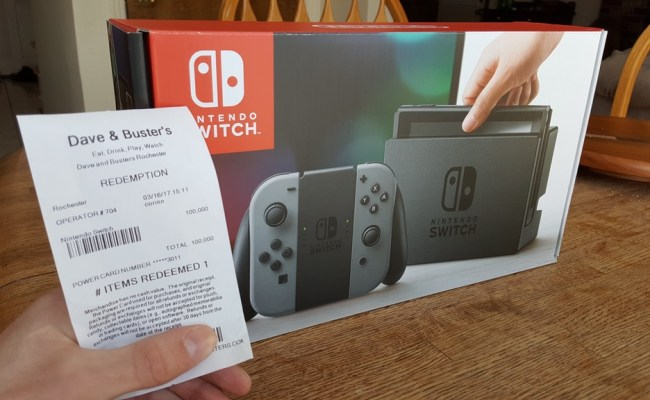 Dave Busters Patron Gets A Switch By Cashing In 100 000