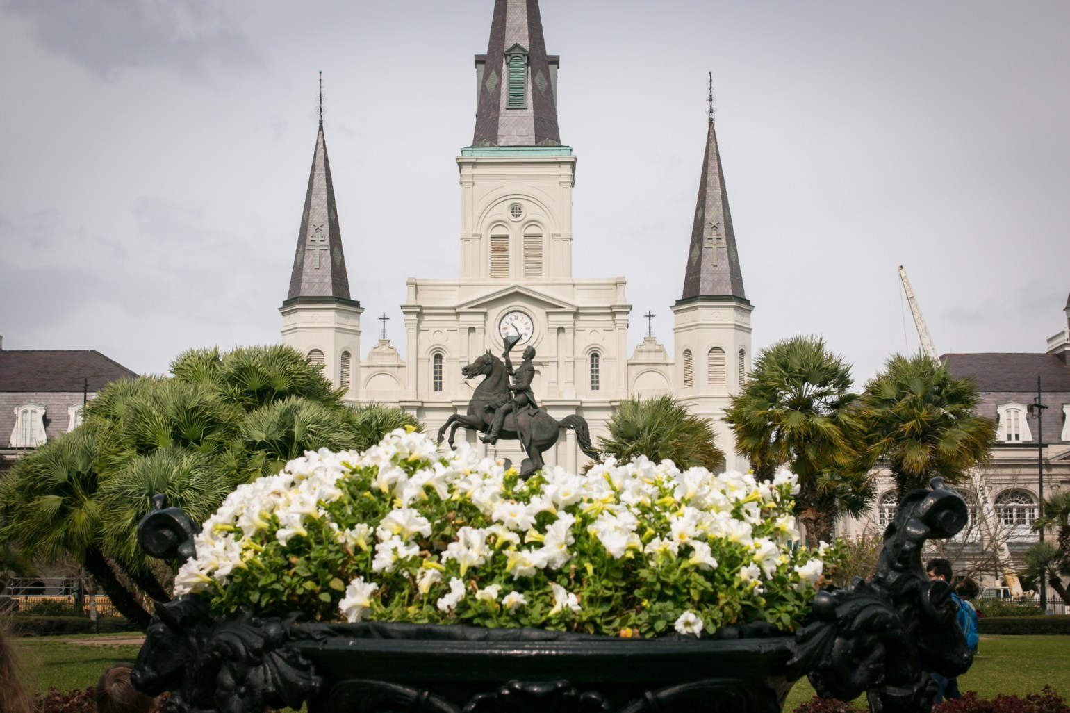 St. Louis Cathedral and Jackson Square are alive with springtime blooms. (Photo: Rebecca Ratliff)