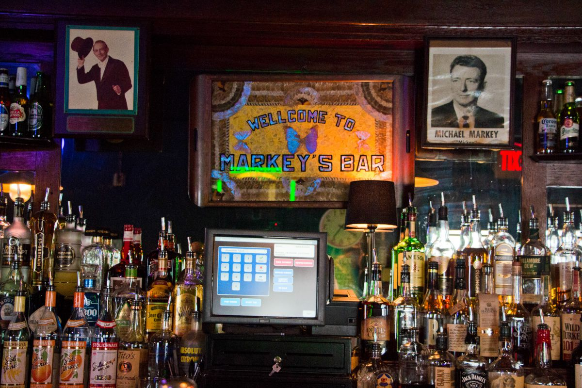 markeys bar