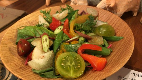 旬野菜のサラダ