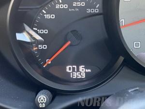 オドメーター10716km