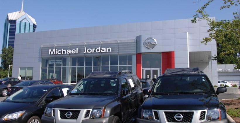 Michael_Jordan_Nissan_1.jpg?resize=820%2C420