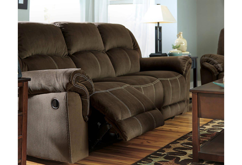 Quinnlyn 3 Piece Living Room Set Gonzalez Furniture