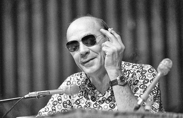 1988: Hunter S. Thompson speaking at the Miami International Book Fair.