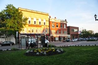 Everett Square
