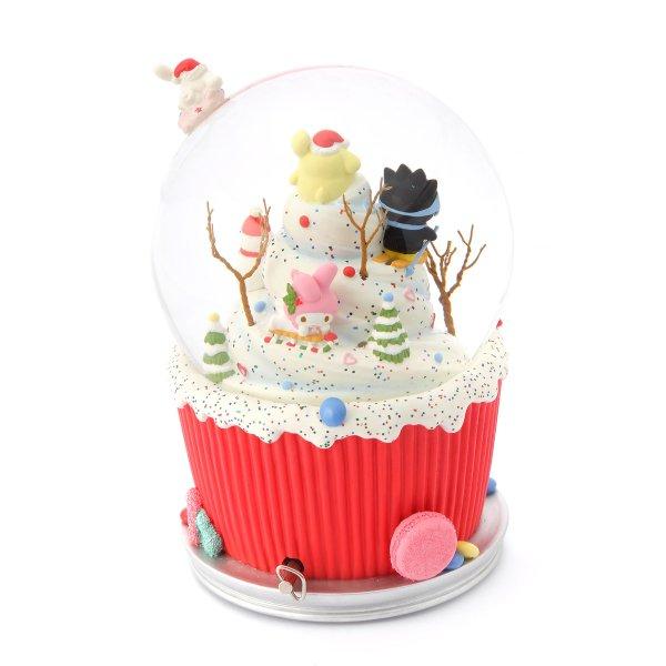 """ice cream cupcake cake"" Music Snow Globe, Sanrio Christmas, Hello Kitty, Bad Badtz-maru, Pompompurin, Cinnamoroll, Little Twin Stars, My Melody, Kuromi (Musical Box Water Globe / Snow Domes Christmas Collection)"