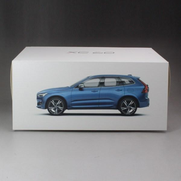 AutoVolo UK Volvo XC60 D4 AWD RDesign Pro Automatic + Pan Roof + 360 Camera + Bowers Wilkins au Blue 2017