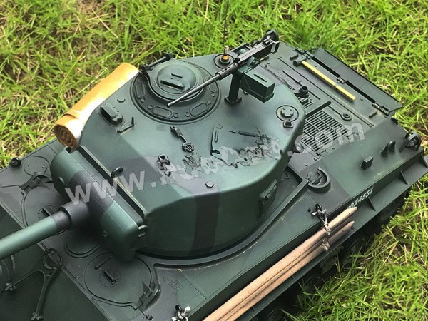 It was also armed with an improved 76mm long barreled gun which could fire a better anti-tank round.