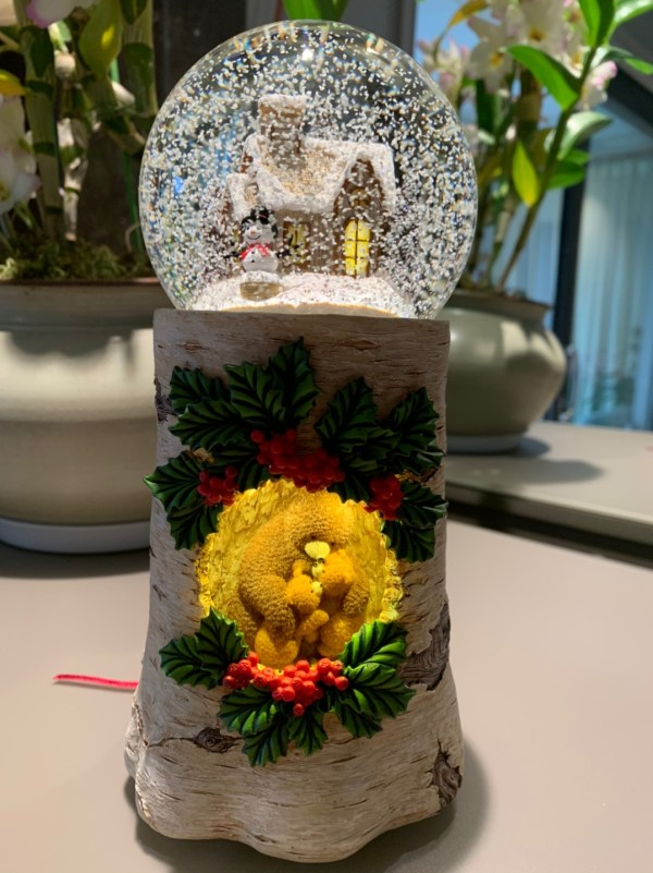 """Warm & Sweet Musical Water Globe, """"Cute Baby Bear and Mother at their Tree Hole Home, Winter, Christmas, Snowman, Village"""" Snow Globe With light (Snow Domes, Snowstorm) Lovely Gift, New Year Gifts, Winter Gifts, Christmas Gifts. Best For Decorative Collectibles"""