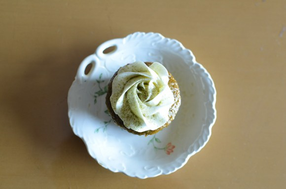 Powdered Green Tea and Milk Cupcake and Lemon and Honey Cupcake -SALL'S CUP CAKE in Sapporo-