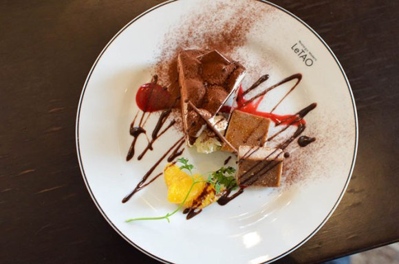 Sweets Combo with Temptation of Chocolate, LeTAO Head Office in Otaru