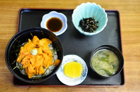 Sea Urchin Rice Bowl -Isoyakitei in Rishiri-