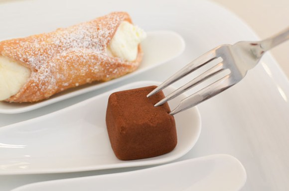 OmoCheese and Cannolo -Sweet Orchestra in Sapporo-