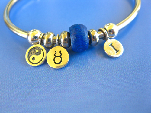 Bangle_Taurus_Yin-Yang_charm