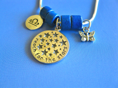 Reach for the stars with this Camino necklace