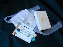 Gift wrap white
