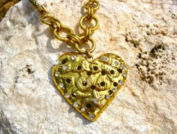 Symbolic necklace - heart gold