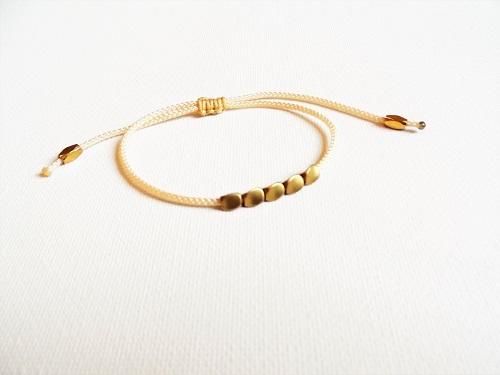 Health Band bracelet symbol for wellness