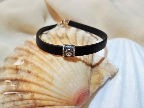 Compostela shell bracelet