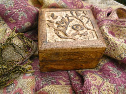 Keepsake box gift with Indalo