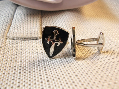 St james cross cufflinks to Stay Safe