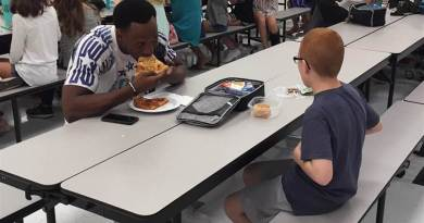 Football player who befriended boy eating alone at school is headed to NFL