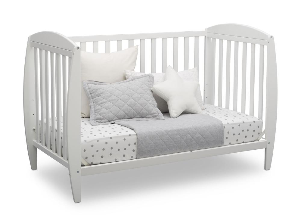 W100140-130-Taylor-4in1-crib-daybed-bedding-angle_d759ac85-48f6-4c00-b463-d8064746c0a3_1000x