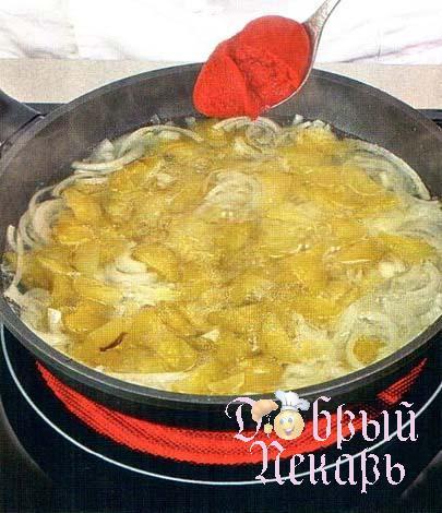 Солянка с печеным перцем приготовление 3