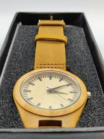 havik-bamboo-uurwerk